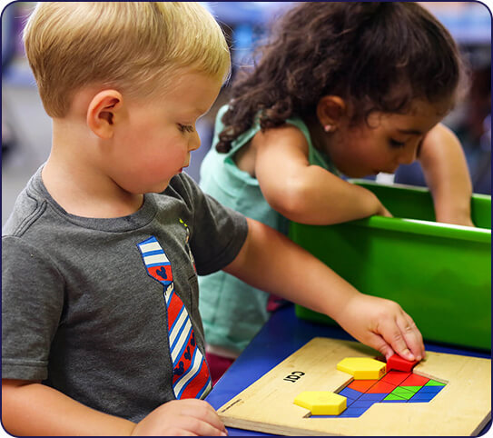 kid playing educational games