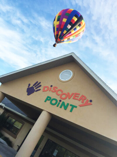 discovery point franchise opportunities Front of discovery point building with hot air balloon